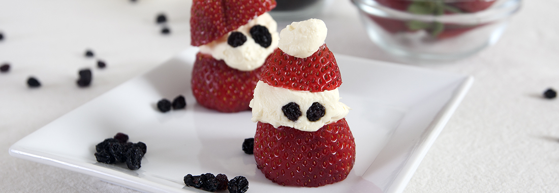 Strawberry Santas to make with the kids!