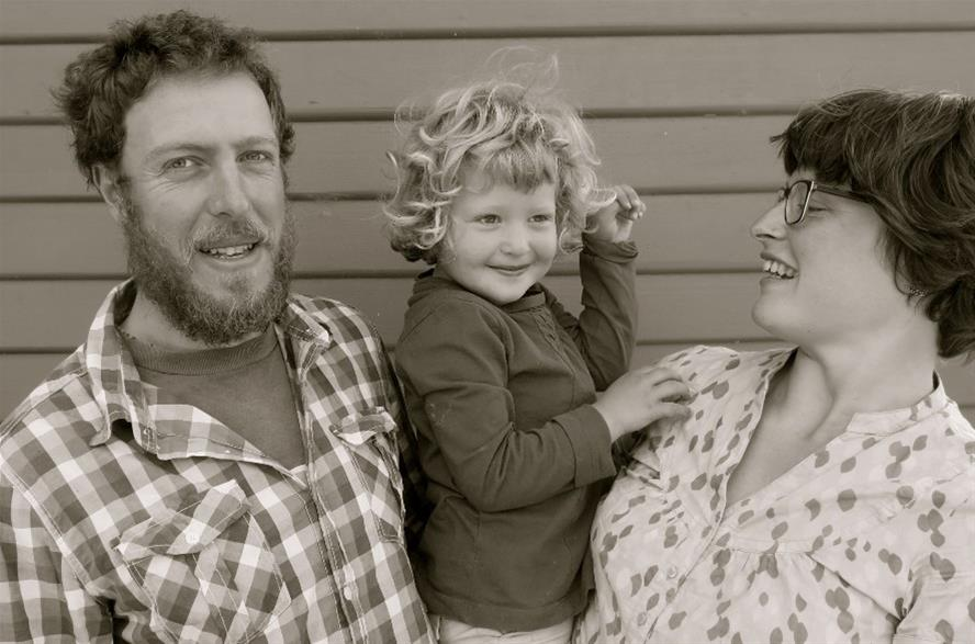 Hello! This is The Grain Family: Gareth, Ida and Tonia